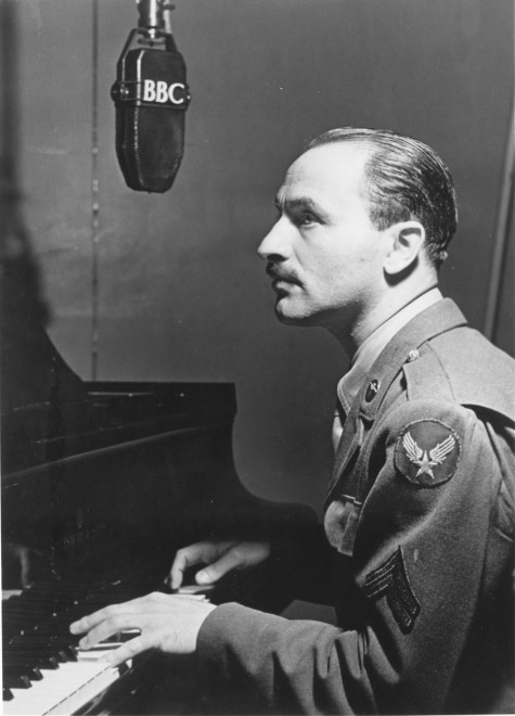 Blitzstein in uniform, 1943